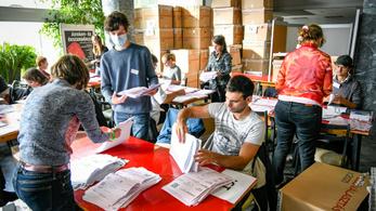 Újraszámolták a szavazatokat Budafokon, Molnár Gyula elismerte a vereségét