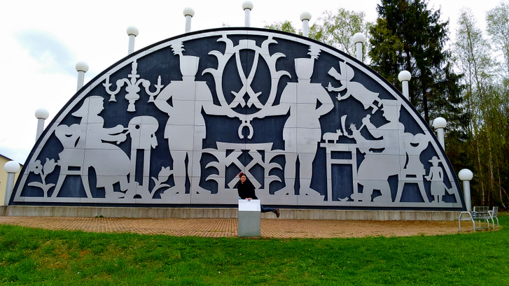 Szászország, de legalábbis a világ legnagyobb gyertyaíve -                         Timi adja a méretarányt