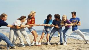 Emlékszel a Beverly Hills, 90210 fekete bombázójára? Negyedik stádiumú mellrákkal küzd!