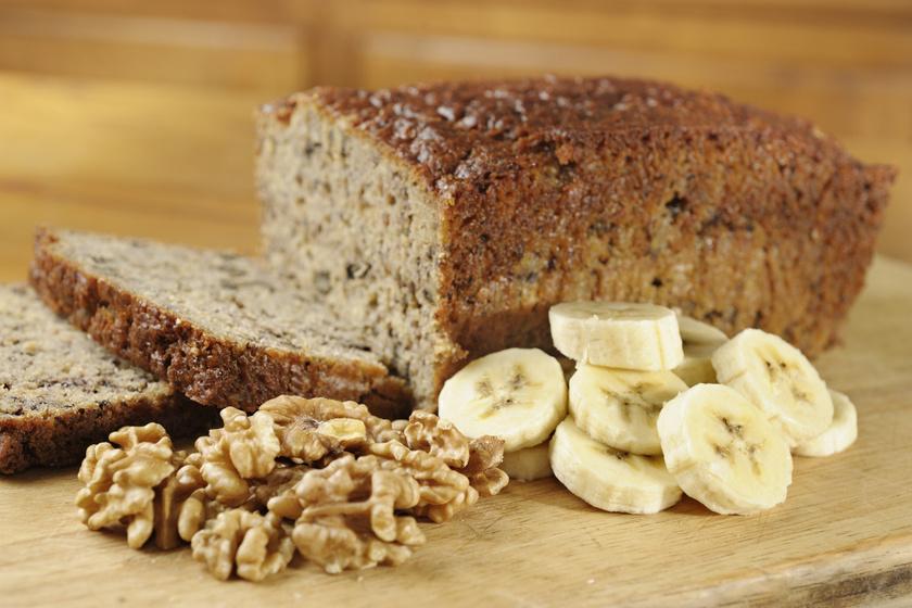 Pompás diós banánkenyér kevert tésztából: érett, barna banánból a legfinomabb