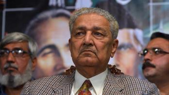 Meghalt a pakisztáni atombomba atyja