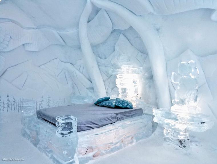 Nem csak a falak, az ágyak és a bútorok is jégből készültek.