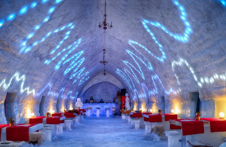 Romániában dupla ágyas jégszobákban és iglukban is megszállhatnak a vendégek.