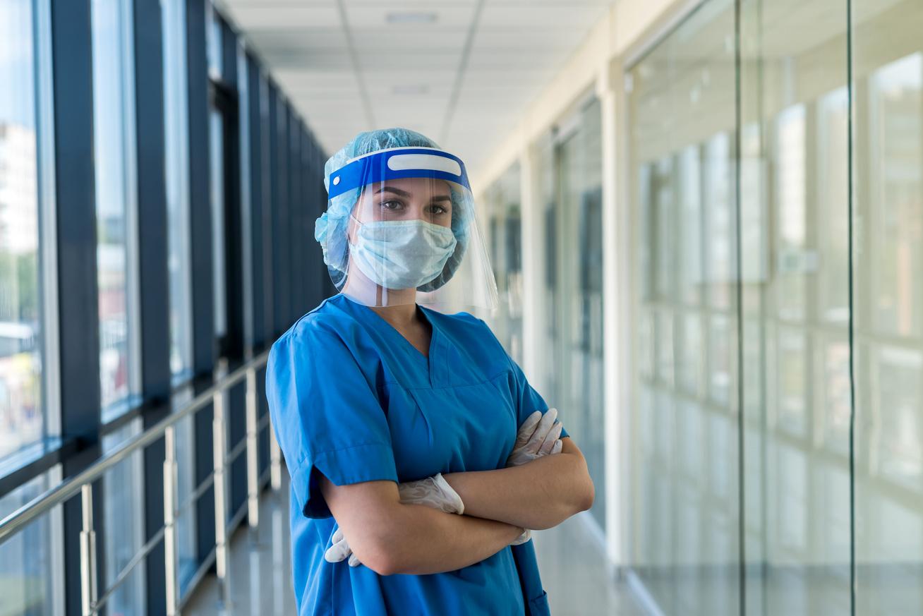 nővér2