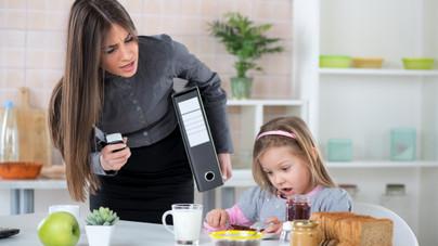 Reggeli rohanás a családdal: hogyan ne őrülj bele?