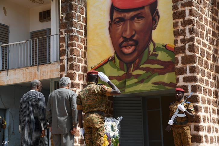 Thomas Sankara portréja annak a háznak a falán, ahol 1987. október 15-én megölték