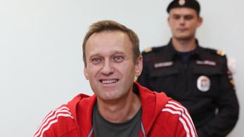 Navalnijt már nem ébresztik fel óránként a börtönben