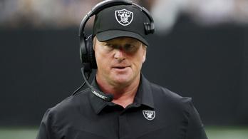 Szexista és homofób levelek miatt mondott le az NFL-csapat vezetőedzője