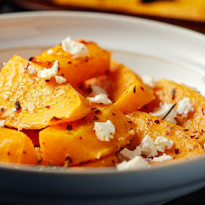 Sütőtök még sosem volt ilyen finom: fűszerekkel, sütőben pirul az őszi zöldség