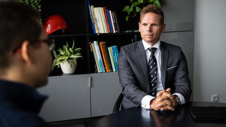 Mártha Imre Paks II-ről: Ha döglött atomerőmű-projekten ülsz, szállj le róla!