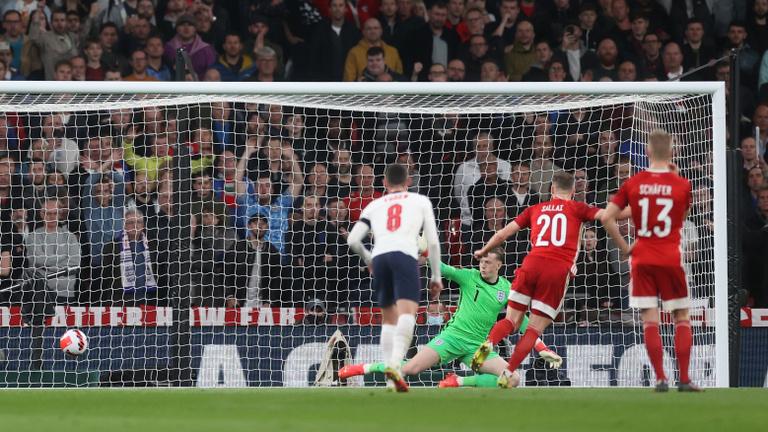 Kemény feladat előtt az ezer sebből vérző válogatott a Wembleyben