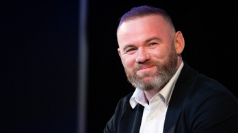 Wayne Rooney tettei elfogadhatatlanok voltak, de a felesége megbocsájt neki