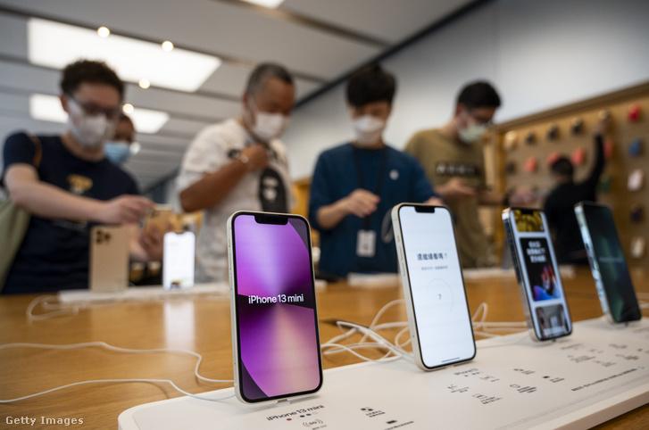 Apple iphone 13 okostelefonok Hongkongban 2021. szeptember 24-én