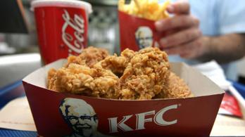 Túl sokáig ettek a KFC-ben, pénzbüntetést kaptak