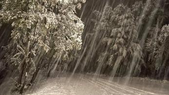 Mindenki ide jöhet síelni, akkora a hó a Bükkben