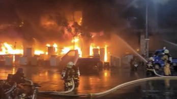 Tűzcsapda a hetediken, többen bennégtek a toronyházban