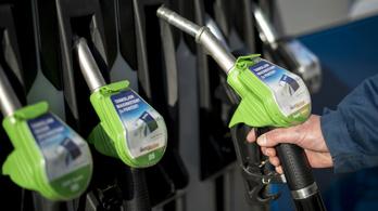 Történelmi csúcson az üzemanyagok ára