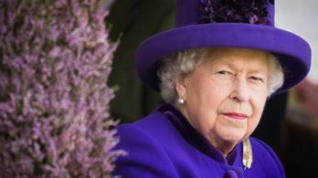 """Beszólt II. Erzsébet, """"irritálják"""" a világ vezetői"""