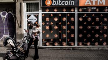 Nyerő lapot húzott, aki vagyonát a bitcoinba fektette
