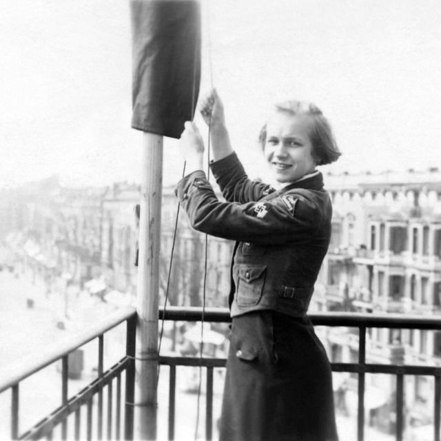 Ilyen volt a Hitlerjugend lánytagozata: arra nevelték őket, hogy életük fő célja a minél több gyermek megszülése legyen