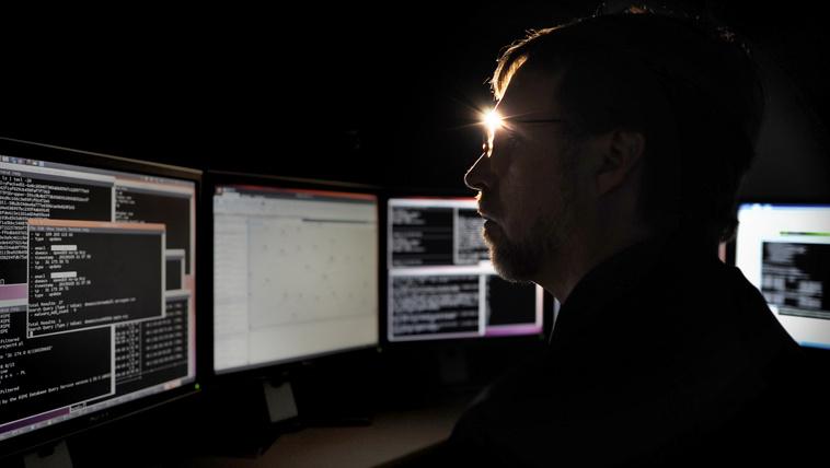 Kitálalt a Pentagon fejlesztője, Kína megnyerte a kiberháborút