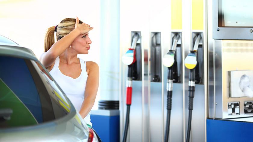 7 tipp, hogy ne menjen rá a gatyád a benzinre
