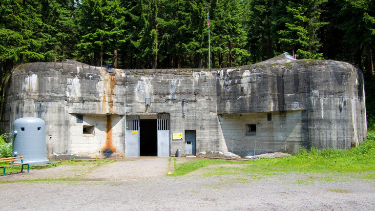 Most érdemes világháborús bunkert venni, nagy a kínálat a cseheknél