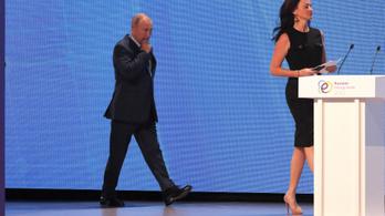 A riporter kérdéssel provokálta Vlagyimir Putyint, az orosz elnök szexista választ adott