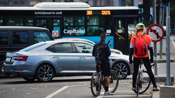 Nem stuccolhatják meg többé az autósok a kerékpárosokat