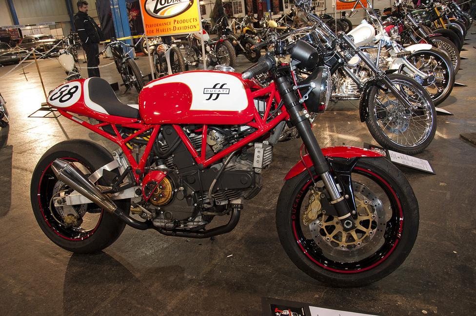 Hazai munka a Ducati 900 SS café racer