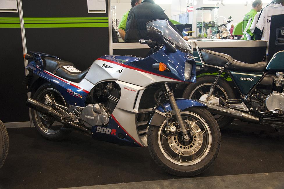 GPZ900R: korábban ilyen volt egy superbike