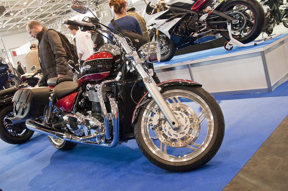 A Triumph 1600-as sorkettese nagyon elegáns