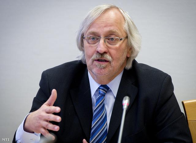 Kaposi József az Oktatáskutató és Fejlesztő Intézet főigazgatója