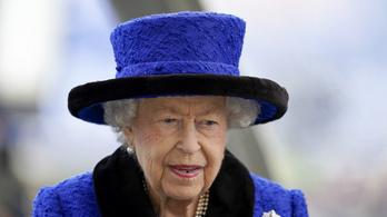 Erzsébet királynő olyasmit talált a salátájában, aminek nem kellett volna ott lennie