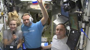 Megelőzték Tom Cruise-t, megjöttek az űrből az orosz filmesek