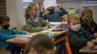 Egyre több iskolában rendelik el a maszkviselést