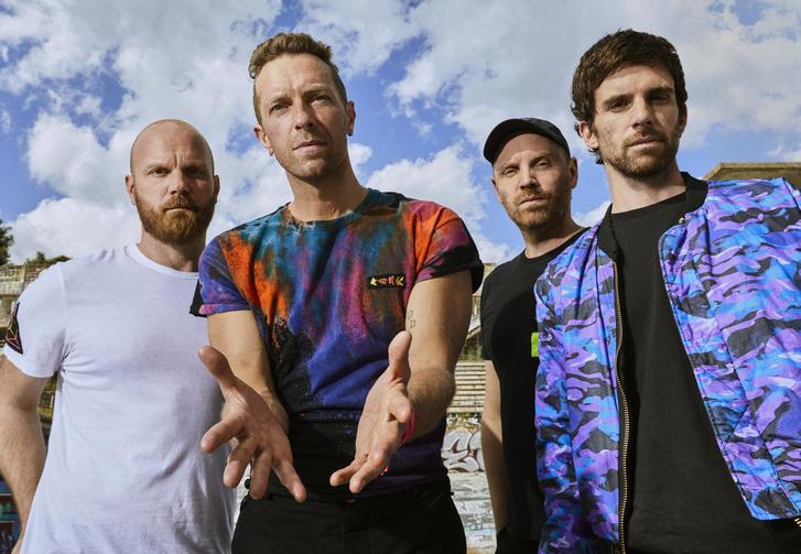Coldplay - Press Image 2021 1