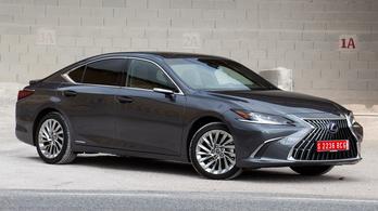 Bemutató: Lexus ES 300h - 2021.