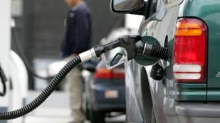 Még drágább az üzemanyag szerdától