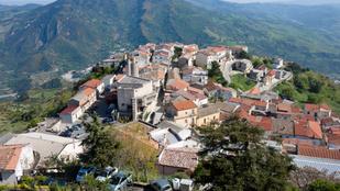 Colobraro, Európa legelátkozottabb faluja