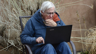 Betegesek, de hasítanak a neten a nyugdíjas nagyik