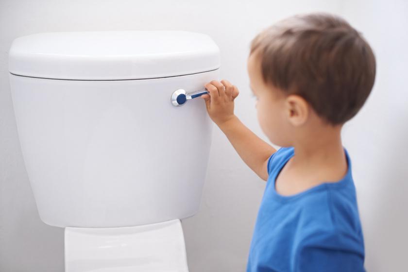 Mit jelez a túl világos vagy a túl sötét vizelet a gyerekeknél? Egyes betegségek tünete is lehet