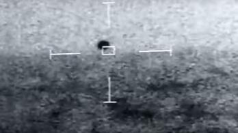 Gömbölyű ufót rögzített az amerikai haditengerészet
