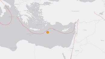 Nagy erejű földrengés a Földközi-tengeren