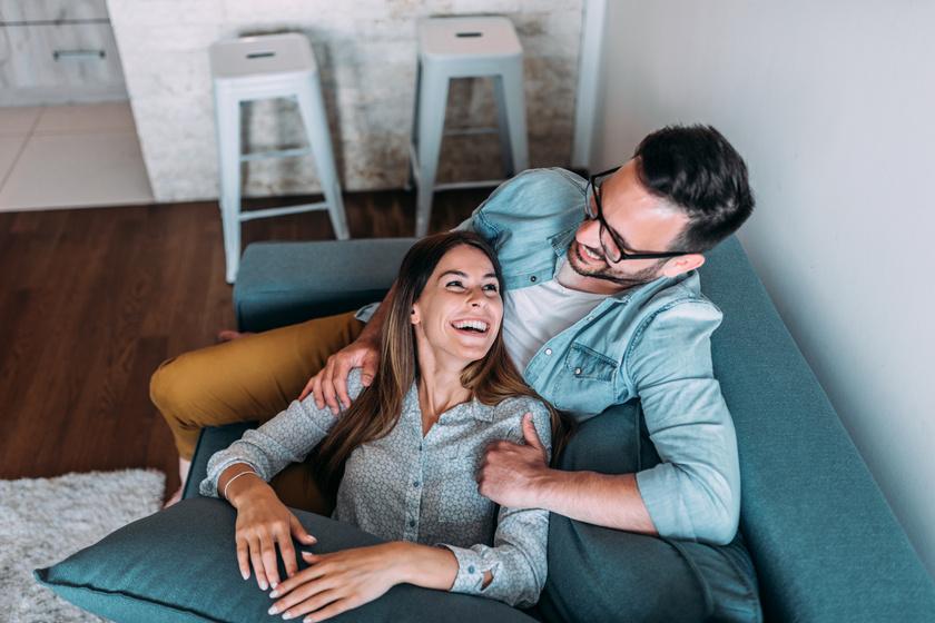 Egyszerű, de nagyon fontos dolgok az örökké tartó baráti vagy szerelmi kapcsolat legfőbb kulcsai a pszichológus szerint.