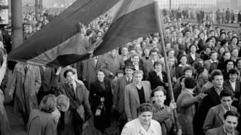 65 évvel ezelőtt kitört a forradalom Budapesten