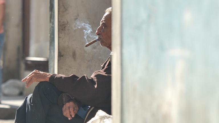 Szédítő felfedezés: már az ősemberek is dohányoztak