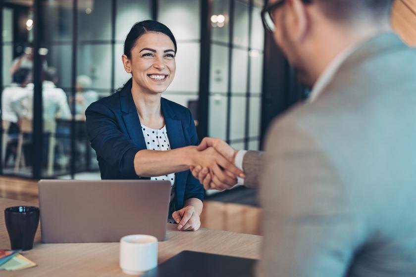 Mennyi időd van eldönteni, hogy vállalod-e a felajánlott állást? A cégek sokszor sürgetik a jelentkezőket