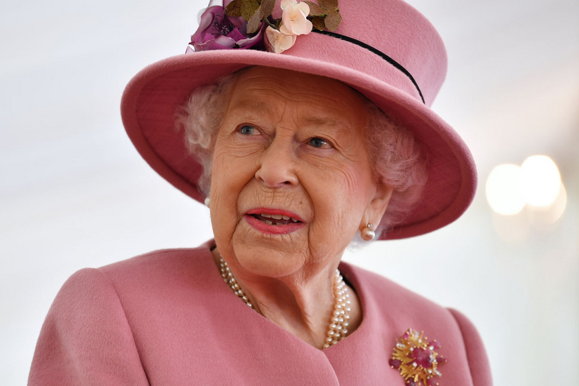 Erzsébet királynő az éjszakára bekerült a kórházba: ilyen most az állapota