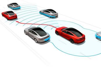 A holland nyomozók fejtették vissza a Tesla Autopilot adatait